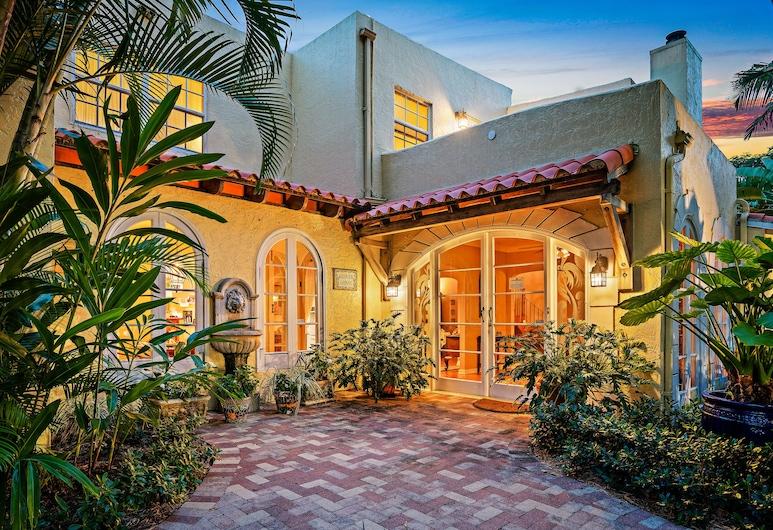 Grandview Gardens , West Palm Beach, Hadapan Hotel - Petang/Malam