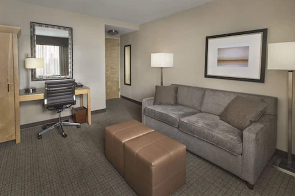頂層客房, 1 張特大雙人床, 非吸煙房, 露台 - 客廳