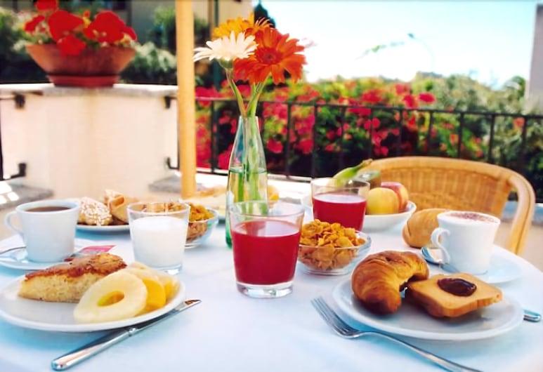Hotel Angedras, Alghero, Tempat Makan Luar