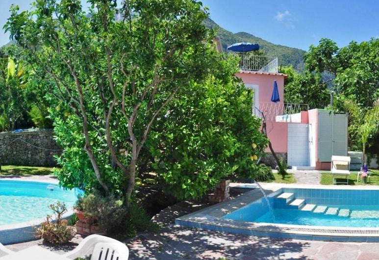 貝爾特拉蒙托飯店, 卡薩米喬拉特爾梅, 室外游泳池