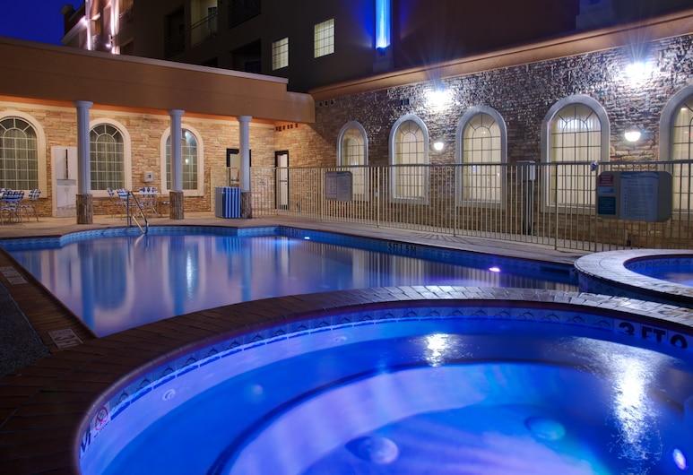 Holiday Inn Express Hotel & Suites Galveston West-Seawall, Galveston, Pool