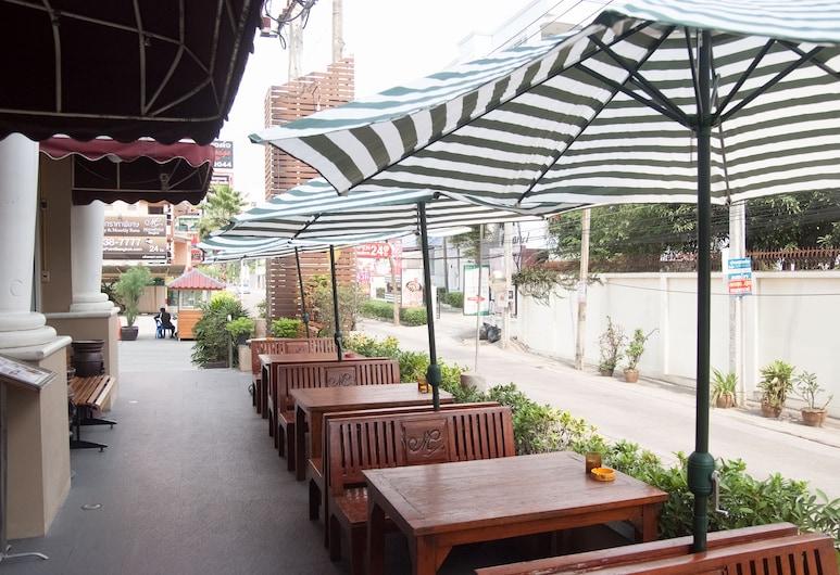 MetroPoint Bangkok, Bangkok, Terrace/Patio