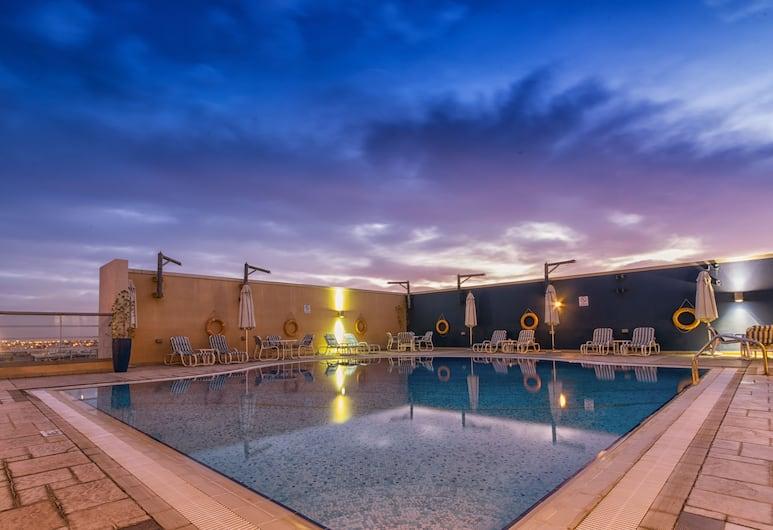 Nojoum Hotel Apartments LLC , Dubai, Outdoor Pool