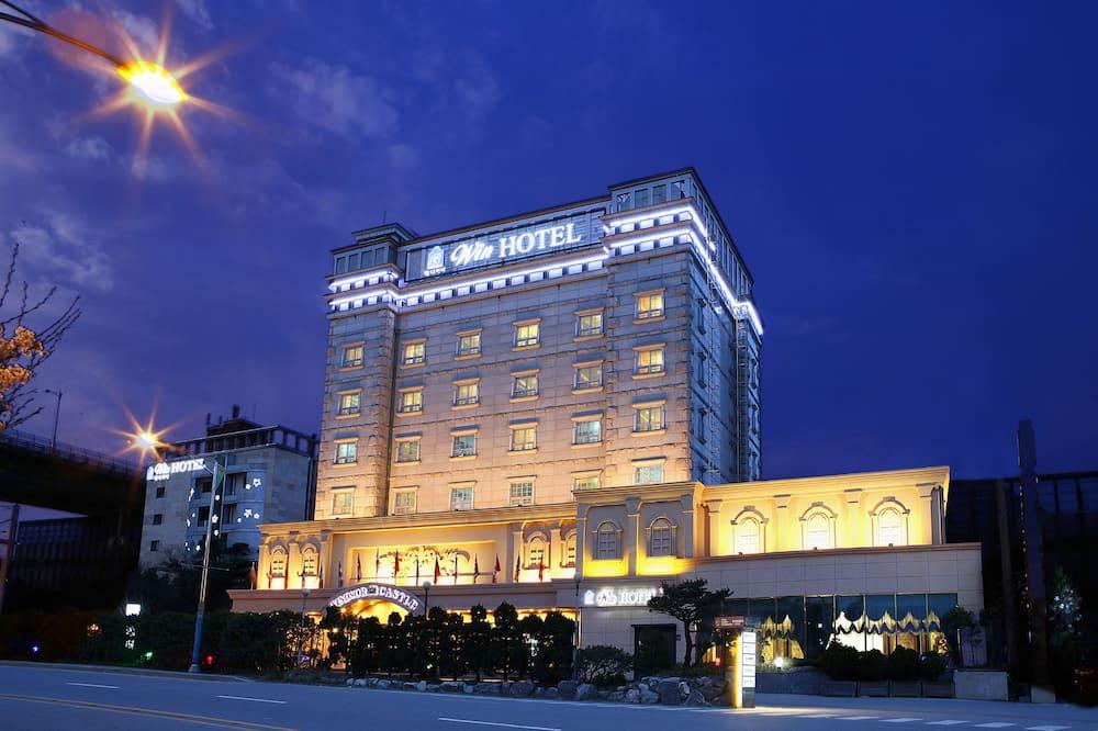 Windsor Castle Hotel