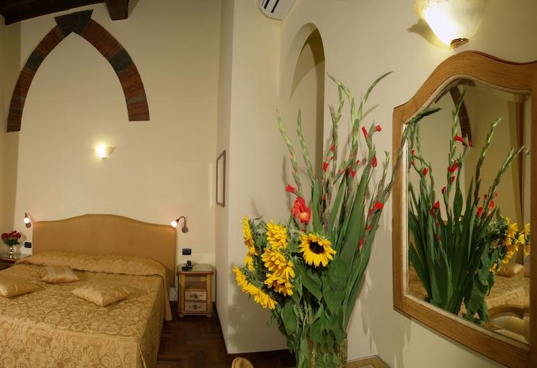 Residenza Della Signoria, Florence, Classic Double Room, Guest Room