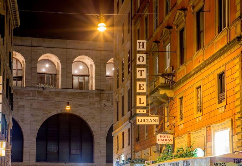 Hotel Luciani, Roma, Facciata hotel (sera/notte)