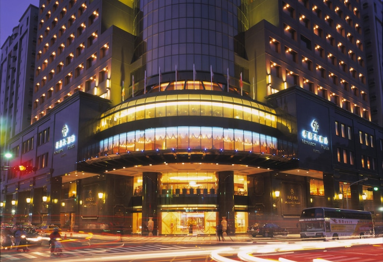 Monarch Plaza Hotel, Taoyuan City, Viešbučio teritorija