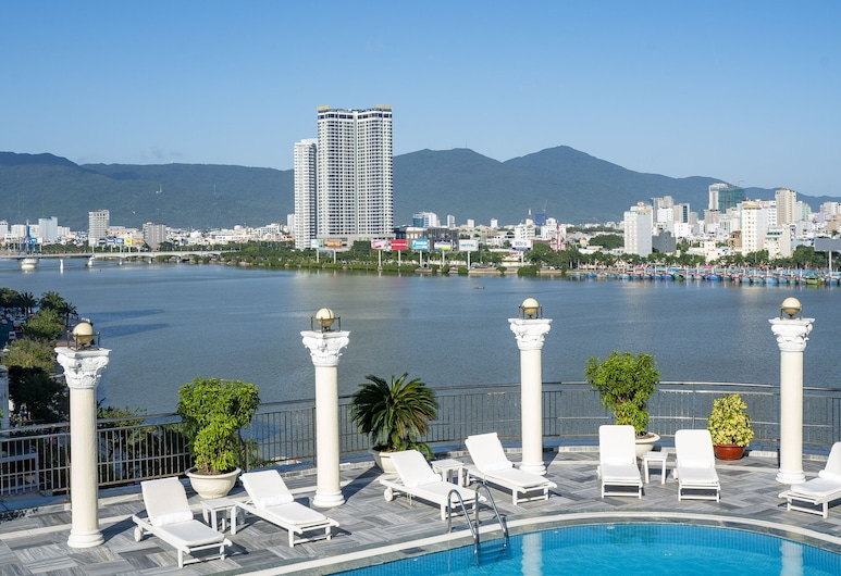 森斯里威飯店, 峴港, 游泳池