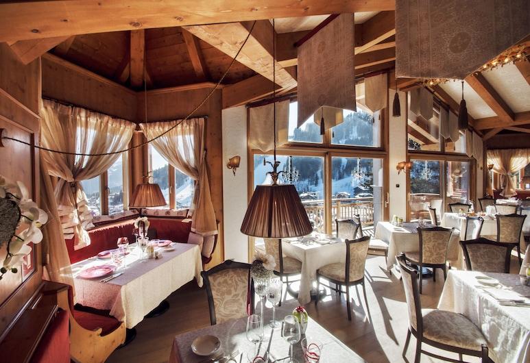 Cristal Palace Hotel, Madonna di Campiglio, Lobby Lounge