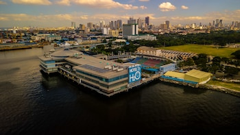 Picture of Hotel H2O in Manila