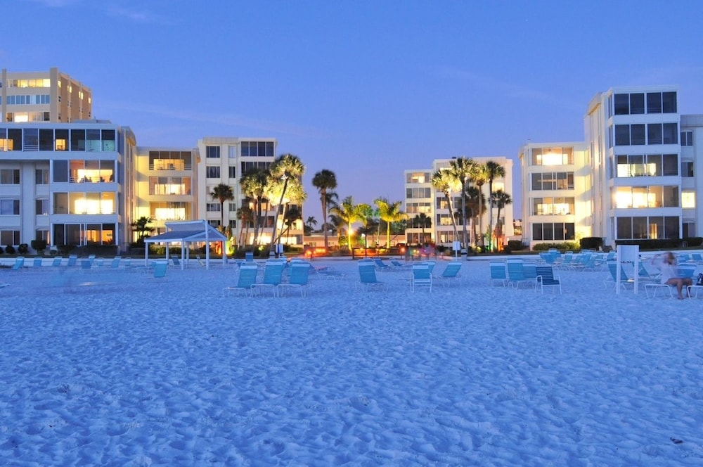 Island House Beach Resort Siesta Key