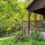Cabin, Private Bathroom (Smoky Mountains Cabin- No Breakfast, Pets Allowed) - Balcony