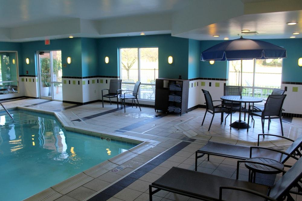 Fairfield Inn Suites Seymour Indoor Pool