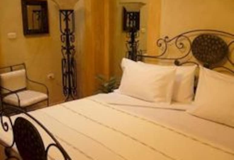 Casa De Los Dulces Suenos, Morelia, Junior Suite, 1 King Bed (Colonial), Guest Room