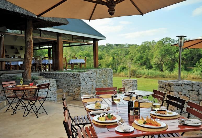 Hippo Hollow Country Estate, Hazyview, Outdoor Dining