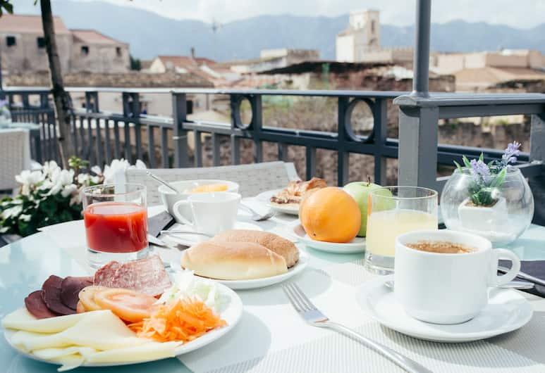 Hotel Porta Felice, Palerme, Restauration en terrasse