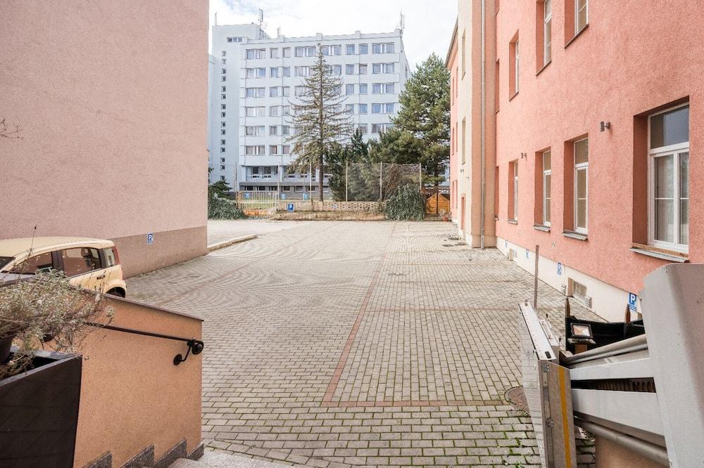 Executive studio suite - Uitzicht op binnenplaats