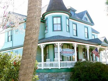 Picture of Pensacola Victorian Bed and Breakfast in Pensacola