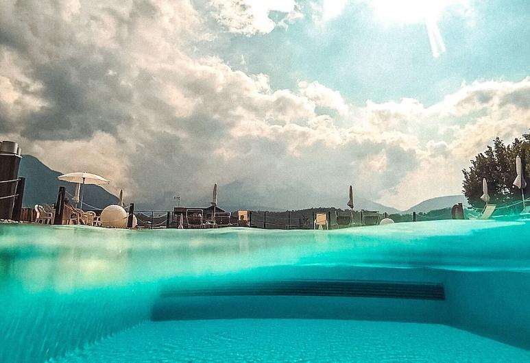 Bellavista Relax Hotel, Levico Terme, Kolam