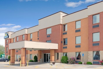 Picture of Days Inn by Wyndham Downtown St. Louis in St. Louis