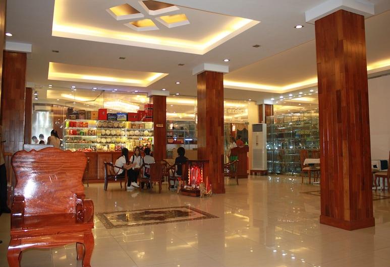 Diamond Hotel, Phnom Penh, Hala