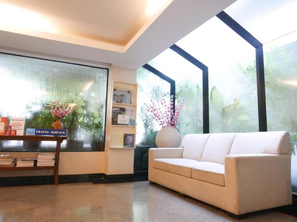 拉吉塔維住所酒店, Bangkok