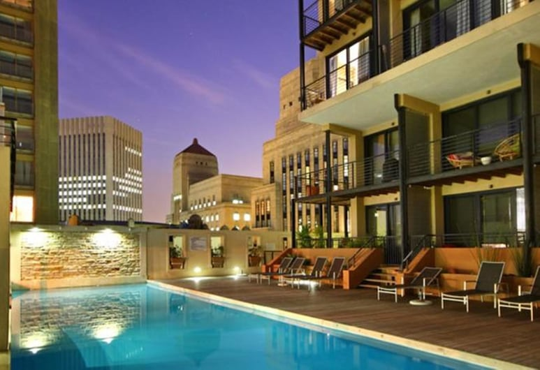 Adderley Terraces J10 by CTHA, Cape Town, Pool