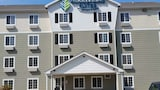 Check the price of this hotel in Simpsonville