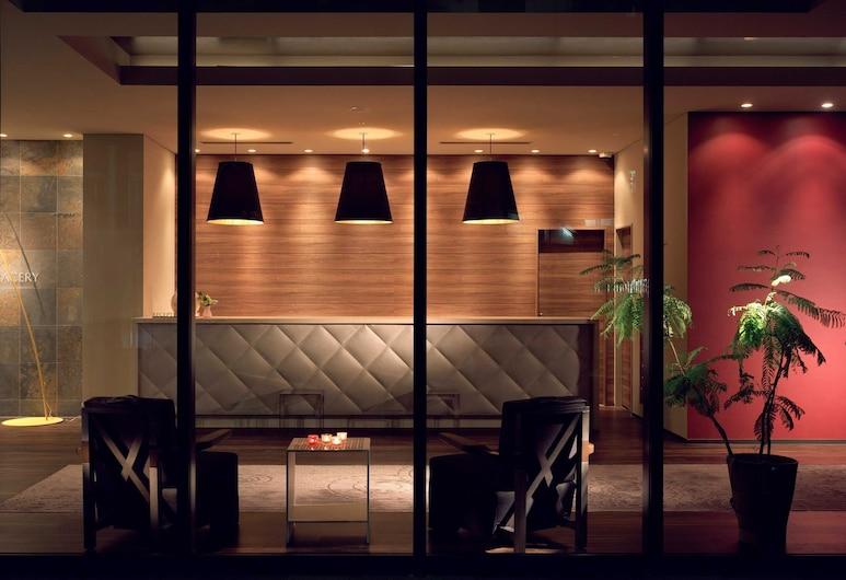 호텔 그레이서리 타마치, 도쿄, 호텔 입구