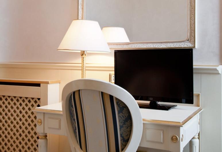 Hotel Des Bains, Pesaro, Doppel- oder Zweibettzimmer, Zimmer