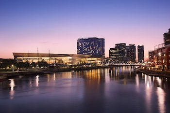 Picture of Pan Pacific Melbourne in South Wharf