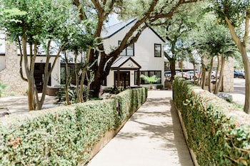 Picture of Hillside Boutique Hotel in Castroville