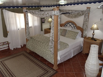 Picture of Club Arias Bed & Breakfast in Savaneta