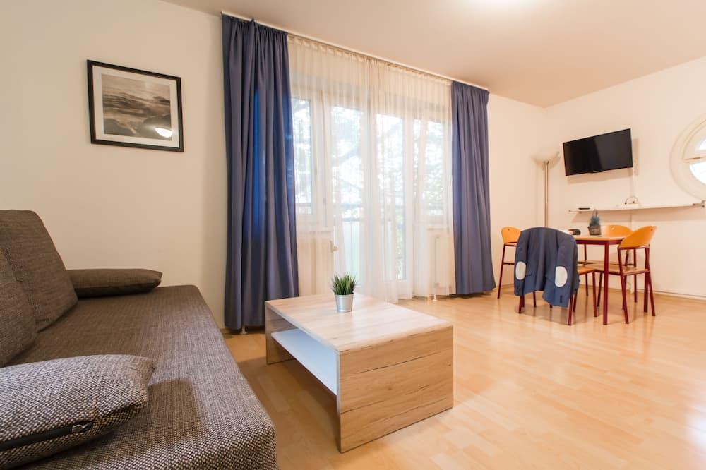 Стандартні апартаменти, 1 двоспальне ліжко та розкладний диван - Номер