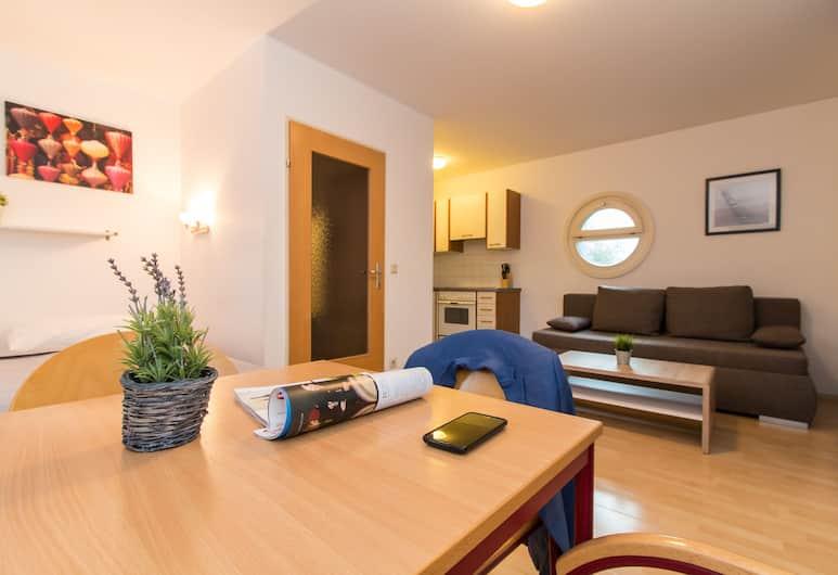 CheckVienna - Apartmenthaus Hietzing, Vienna