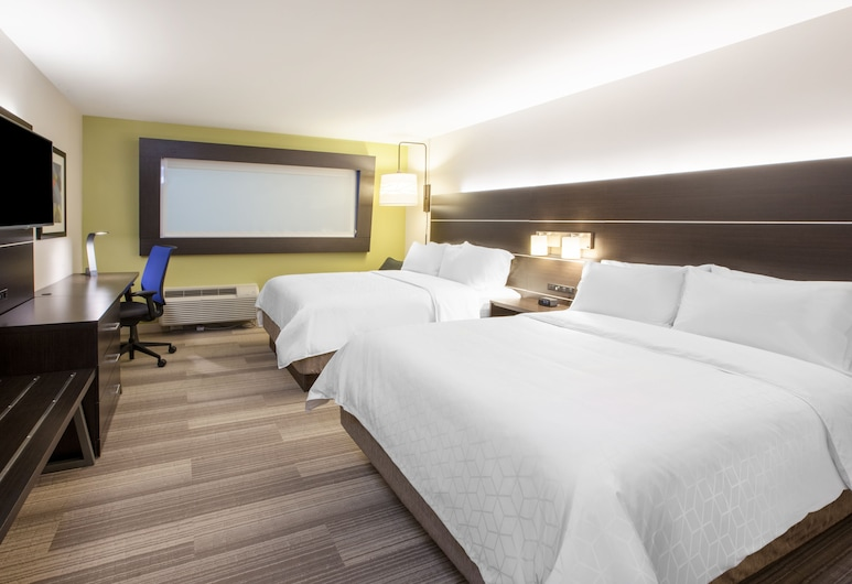 Holiday Inn Express and Suites Savannah - Midtown, Savannah, Room, 2 Queen Beds, Non Smoking, Guest Room