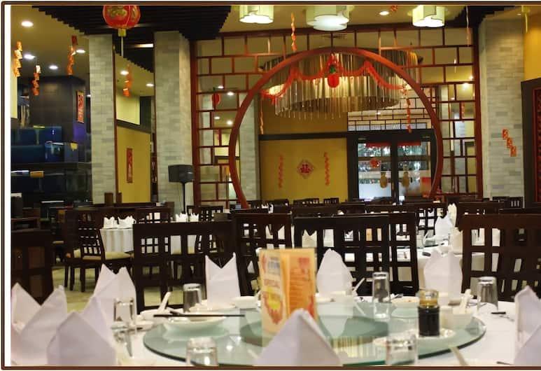 Grand Sahid Jaya, Jakarta, Restaurant