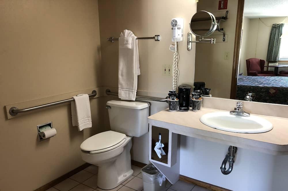 Standard Room, 1 King Bed, Accessible - Bathroom Sink