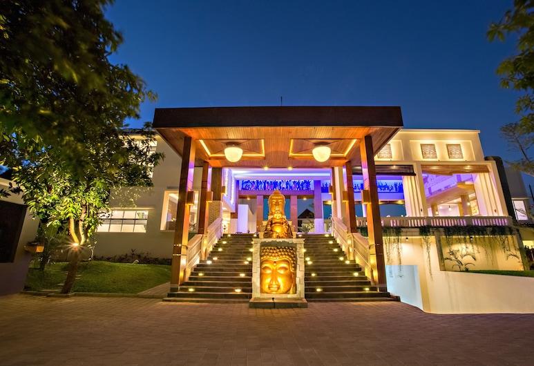 Tonys Villas & Resort, Seminyak, Entrada (parte interna)