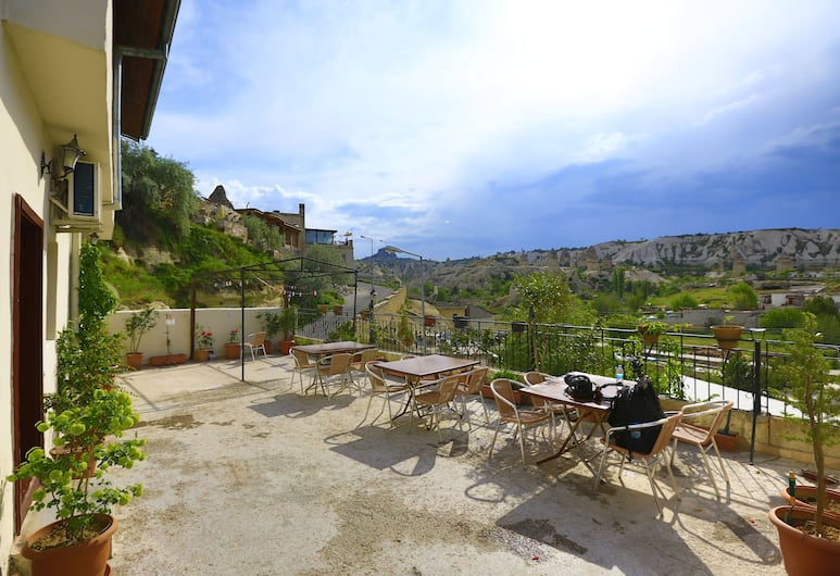 Guven Cave Hotel, Nevsehir, Terrace/Patio