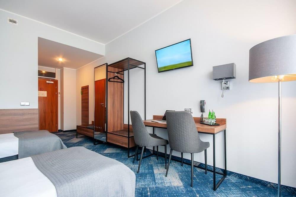 Standard Room, 2 Twin Beds - Living Area