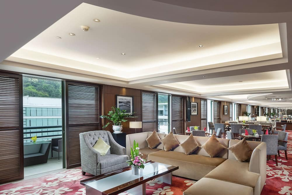 Presidential Suite, 2 Bedrooms - Living Area