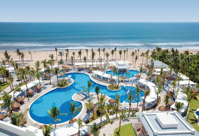利烏翡翠灣全包飯店, 馬薩特蘭, 室外游泳池
