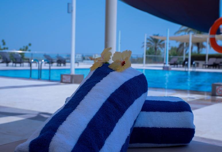 Crowne Plaza Sohar, Sohar, Pool