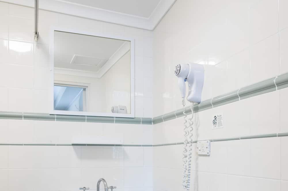 Kambarys šeimai, 2 miegamieji, sujungti kambariai - Vonios kambarys