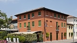 Reserve this hotel in Castello di Godego, Italy