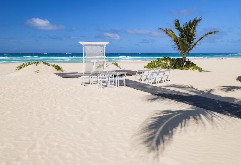 Hard Rock Hotel & Casino Punta Cana All Inclusive, Punta Cana, Outdoor Wedding Area