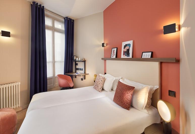 Hôtel Le Petit Belloy Saint-Germain, Paris, Family Room, Guest Room