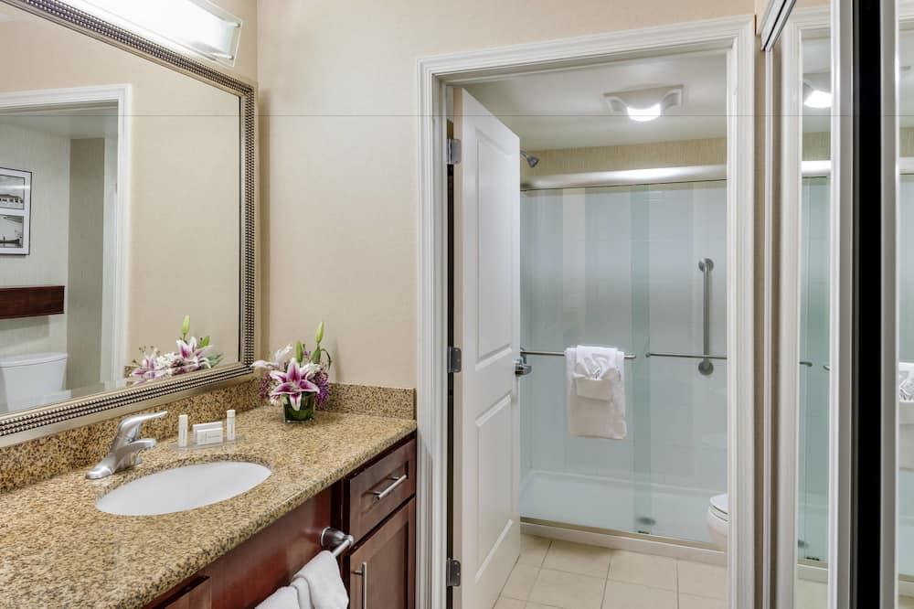 Studio apartman, 1 king size krevet, za nepušače - Kupaonica