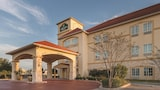 Choose This 2 Star Hotel In Waxahachie